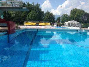Incontri in piscina 2018